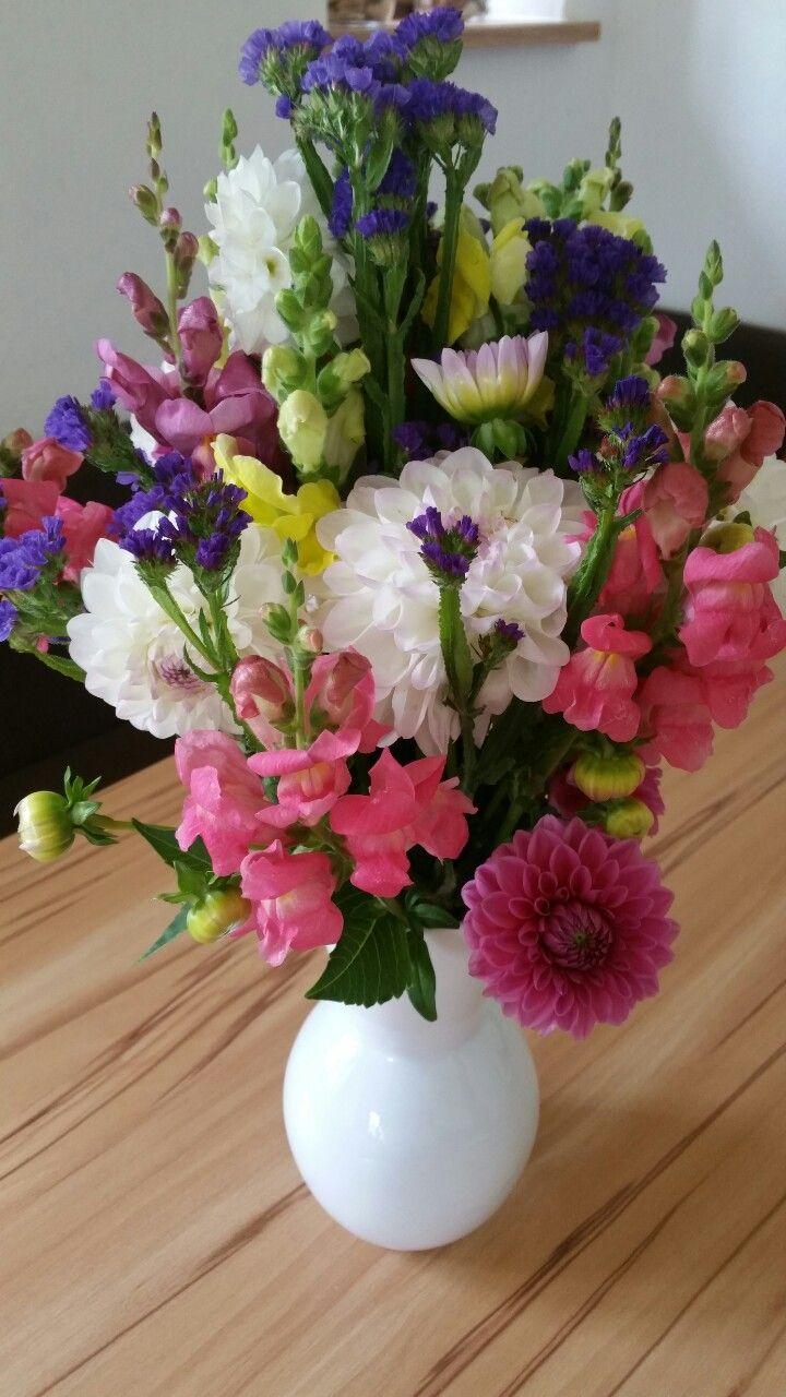 bunt gemischter Blumenstrauß - Sommerfeeling at home