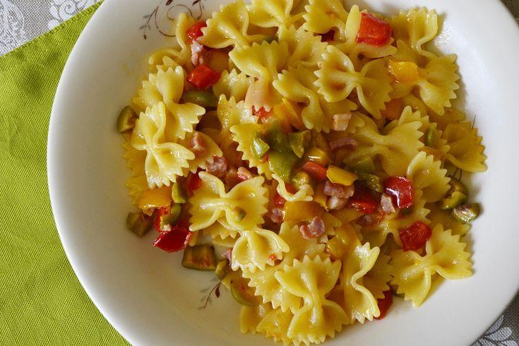 #pasta #farfalle #arcobaleno  #recipe #easy http://blog.giallozafferano.it/tasteit/farfalle-arcobaleno/