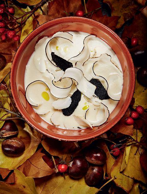 Suppe på kastanje, jordskok & skorzonerrod