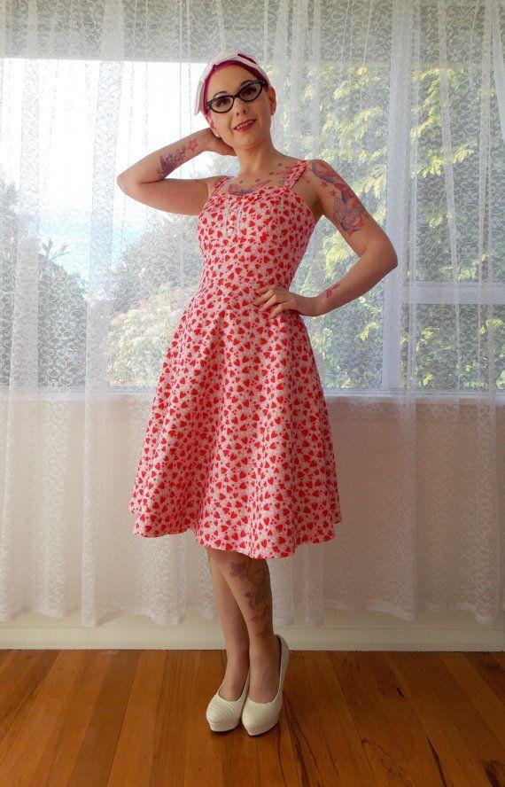 Rockabilly 1950s Strawberry Dress Levi with van PixiePocket op Etsy, $125.00