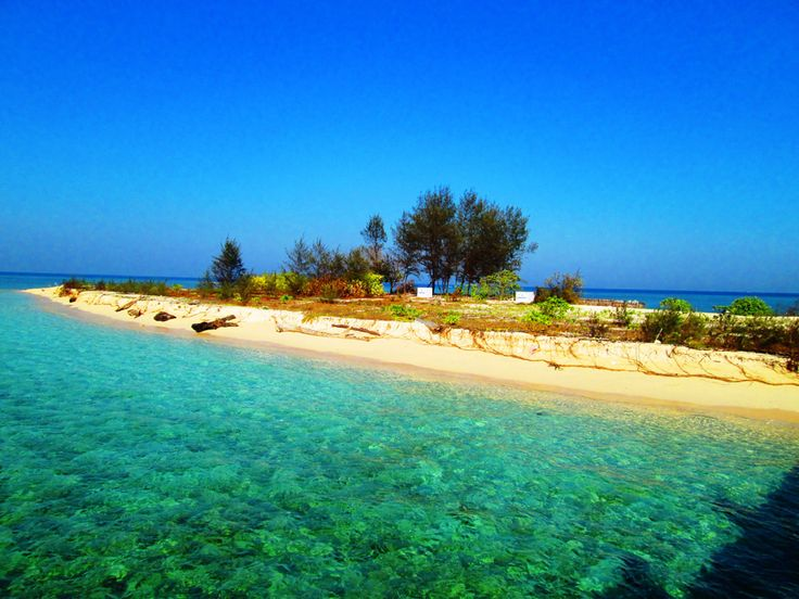 The island's name is Kodingarengkeke, about 40 minutes by boat from Makassar. You'll visit the uninhabited beautiful island, so it's like a private island. You will not regret to enjoy the beautiful white beach & the clear blue sea. Do not miss to enjoy the underwater scenery, there are a variety of colorful coral reefs and fish waiting for you there.