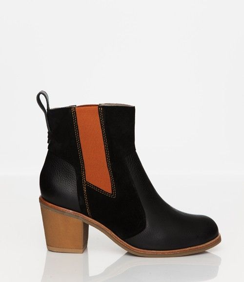 Skin by FINSK AW13: 465-01 BLACK contrast texture chelsea boot from Skin By FINSK