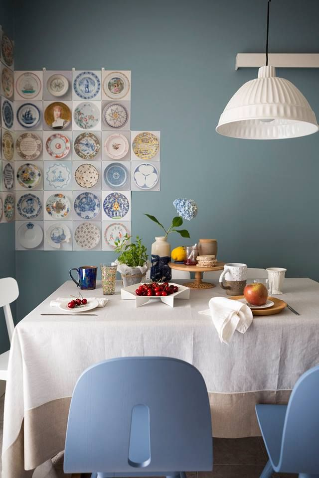 Elegant styling by @VanessaPisk for @casafacile ph. @giandomenicofrassi with our ROMY linen tablecloth.