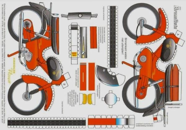 This paper model represents a 1960`s Kreidler Florett Dutch Moped, that can be regarded as an intermediate form between bicycle and motorcycle. This vintage paper model was a gift created by Kreidler Florett to promote its bikes.