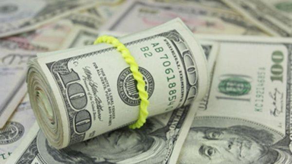 """Dólar alcanza los $19.19 pesos a la venta por """"Brexit"""""""