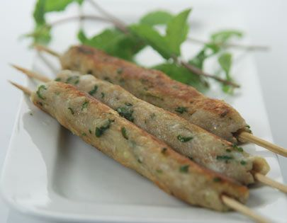 Delicious seekh kababs made with a combination of boiled bananas, potatoes and colacassia.
