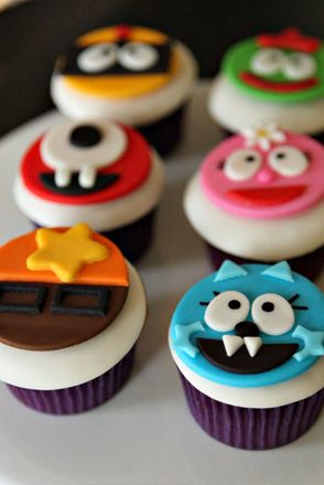 I want this for my baby's 1st birthday! Yo Gabba Gabba Party // Yo Gabba Gabba Cupcakes