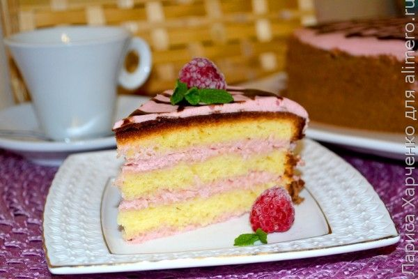бисквитный торт с малиновым кремом