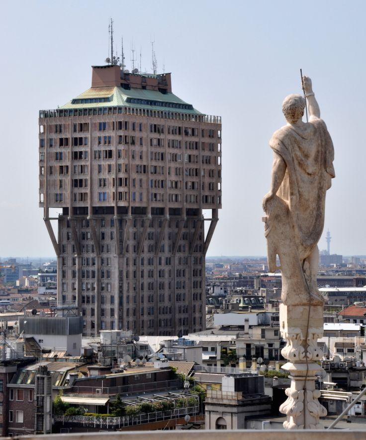 ヴェラスカ・タワー ミラノ旅行・観光のおすすめスポットを集めました。