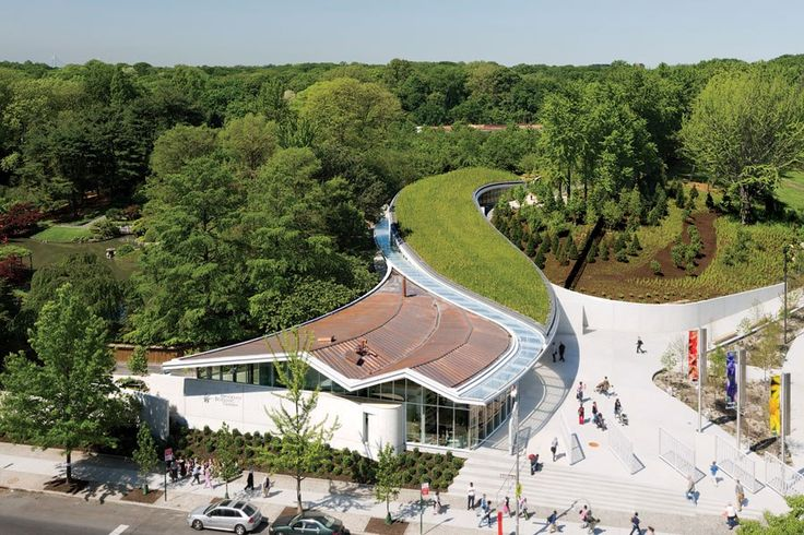 Architects Marion Weiss and Michael Manfredi: Another view of the Brooklyn Botanic Garden's visitor center.