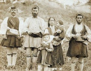 History of Aromanians (Vlachs) in the Balkans and their life with Slavs
