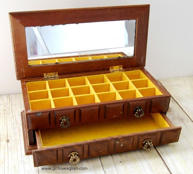 Vintage wooden jewelry box makeover wooden jewelry boxes for Old jewelry box makeover