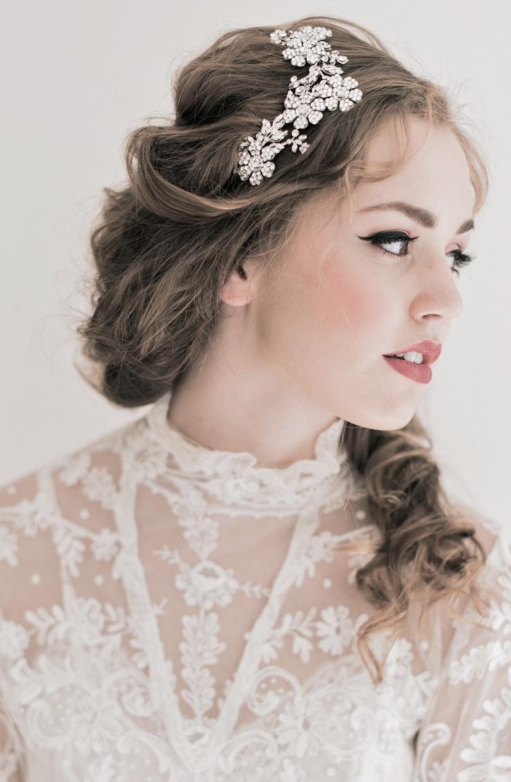 Enchanted Atelier {Brielle} Swarovski Floral Comb