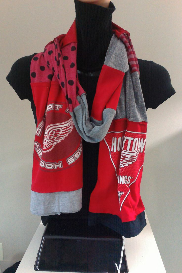 "SOLD.     ITEM #DWGS02: Detroit Red Wings ""Hockeytown"" hockey scarf. Measures approx.. 84 in long."