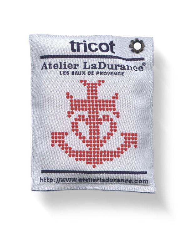 boy bastiaens | atelier ladurance | pillow style woven fabric hangtag