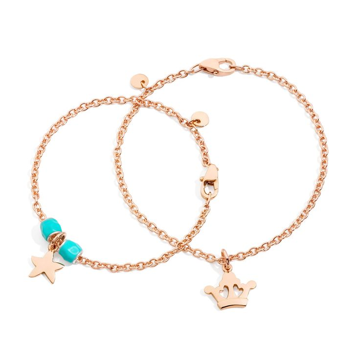 Combine the Dodo Queen and Starfish charms with the rose gold bracelets. Becoming a queen has never been so easy.