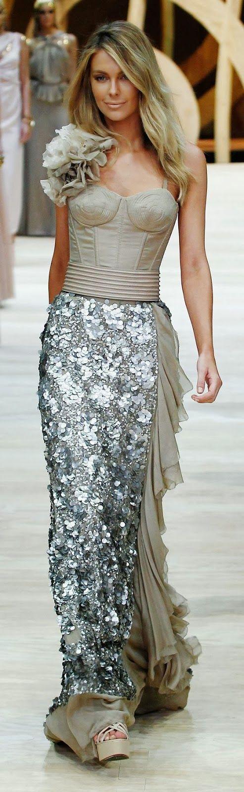 Fabulous long dress fashion for parties