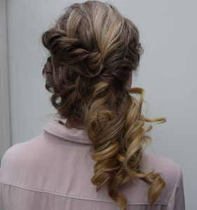 Super Pin Up Hairstyles for Long Hair