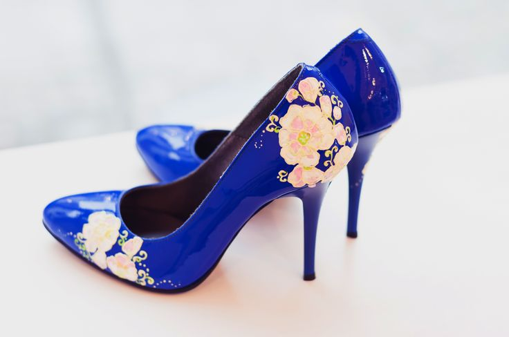 Handpainted blue stiletto by Diane Marie.