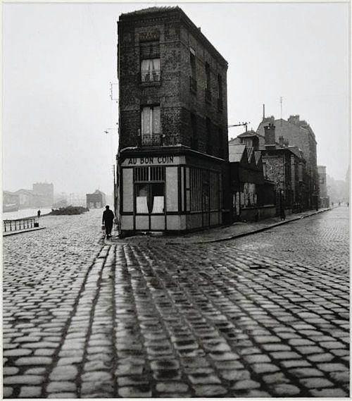 Robert Doisneau - Au Bon Coin, quai du Port, Saint-Denis, 1945
