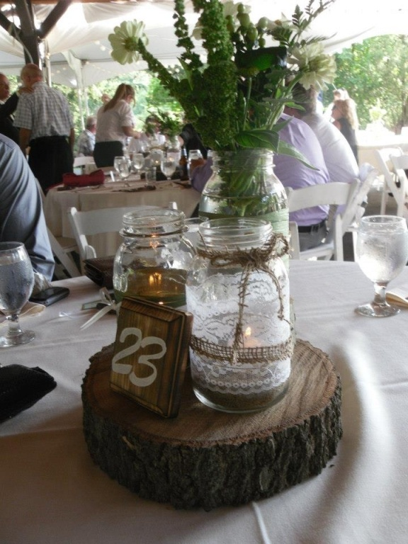 Ruffled® | See ads - Rustic Decorated Masons - Reception
