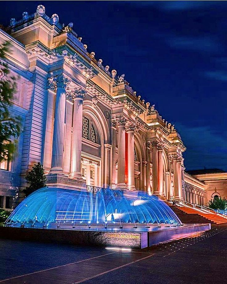 Metropolitan Museum NY by newyorkworldd by newyorkcityfeelings.com - The Best Photos and Videos of New York City including the Statue of Liberty Brooklyn Bridge Central Park Empire State Building Chrysler Building and other popular New York places and attractions.