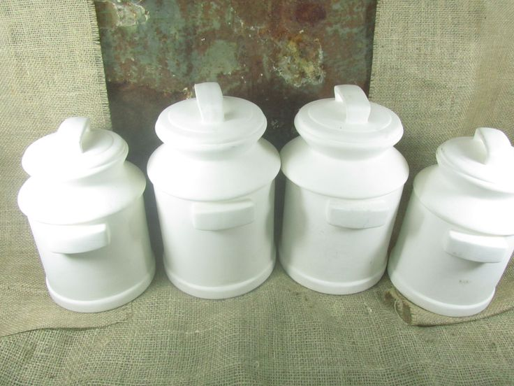 kitchen decor, country , farmhouse kitchen, white, ceramic canisters