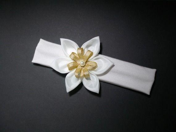 bandeau bébé fleur blanche et dorée pour baptême bébé