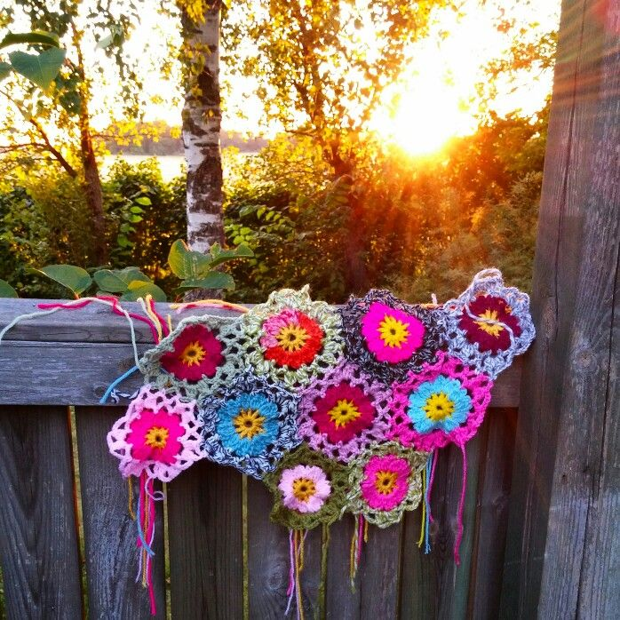 Crocheted flowers from Allers Handarbetsbok