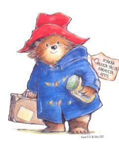 L'Ours Paddington est une série de 23 livres écrits de 1958 à 2012 par l'Anglais Michael Bond qui s'inspire d'un ours offert à sa femme pour Noël. Un jeune ours vivant au Pérou avec sa vielle tante Lucy reste seul lorsque celle-ci entre dans une maison de retraite pour ours Il prend alors la mer et débarque à Londres.Il fera connaissance avec sa future famille d'accueil, les Brown, sur un quai de la gare de Paddington qui décident de l'appeler Paddington et l'adoptent.