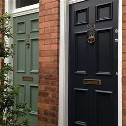 Green Smoke and Railings - Outbuildings and Front door | Farrow & Ball