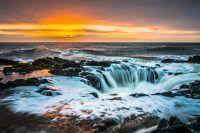 Fenomeni spettacolari, a volte inquietanti, mostrano tutto il potere della natura: dalle pietre che si muovono da sole all'aurora boreale, ecco alcuni dei più rari fenomeni naturali del mondo.