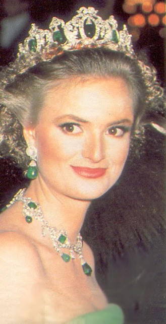 "Princess Gloria of Thurn und Taxis, known as the ""Punk Princess"" in the '80s, wearing a Thurn and Taxis emerald parure."