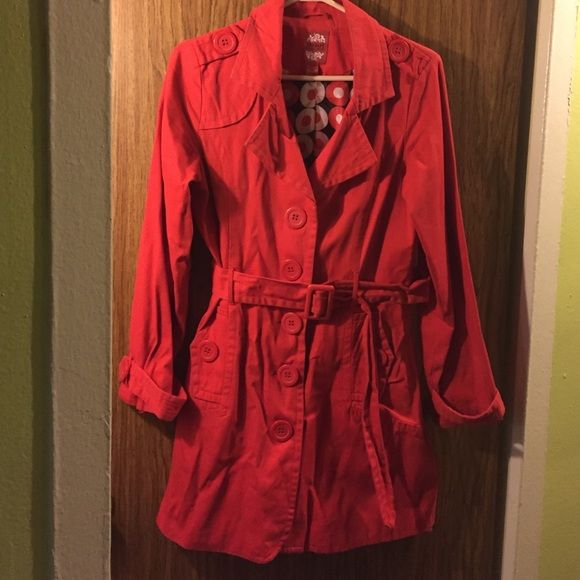 Red Trench coat 4th pic is true to color 100% cotton,  lining 100% polyester 3small pin holes as shown on left Collar from cancer n heart disease pins Therapy  Jackets & Coats