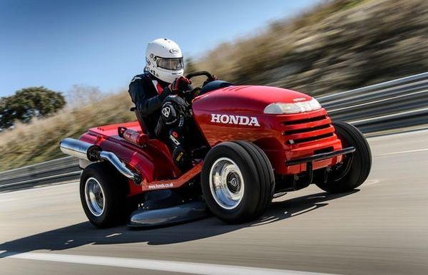 ホンダの芝刈り機が、世界最高スピードを達成! ― ギネス世界記録に認定される - えん乗り