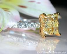 Gelbe Diamanten Ring mit Brillanten 7 x 7 mm