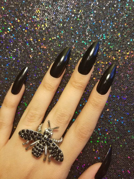 Witchy Black Claws X Long Stiletto Set Of 20 Black Nails Witch Nails Halloween Nails Pointy N Long Black Nails Pointy Nails Black Nails