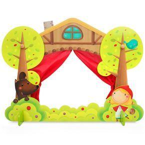 Teatro de madera pequeño   EUREKAKIDS   Este pequeño teatro de madera tiene unas cortinas de color rojo a modo de telón y un diseño con una escena de la caperucita y el lobo.