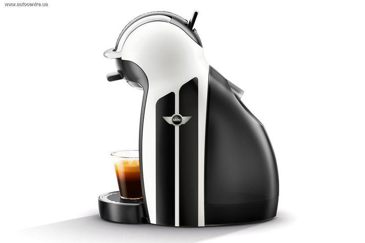 Автомобили MINI и кофемашины NESCAFE Dolce Gusto объединяет больше, чем можно было предположить: MINI и NESCAFE - стильная кофемашина NESCAFE Dolce Gusto MINI Limited Edition.