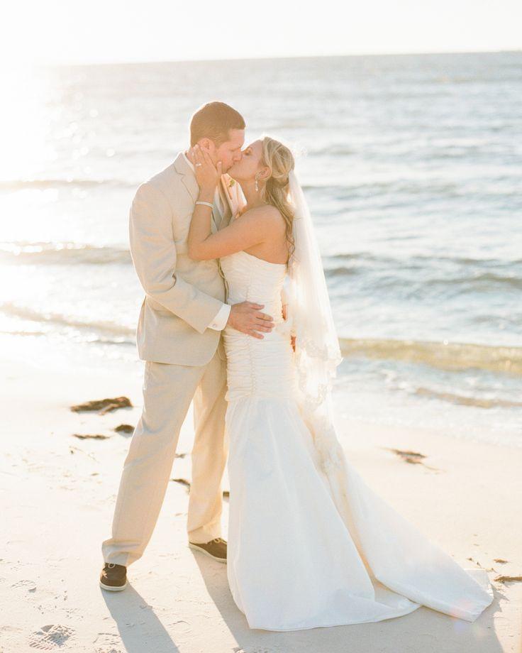 A Kings Creek Resort u0026 Marina Wedding