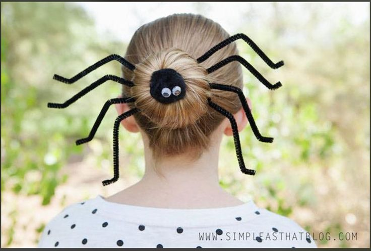 niña de telaraña halloween Ideas para halloween disfraces creativos para halloween Coastumes Halloween Effrayants, Easy Halloween Costumes Kids, Homemade Halloween, Women Halloween, Halloween Pictures, Halloween Dress, Crazy Hair Day At School, Crazy Hair Days, Wacky Hair Days