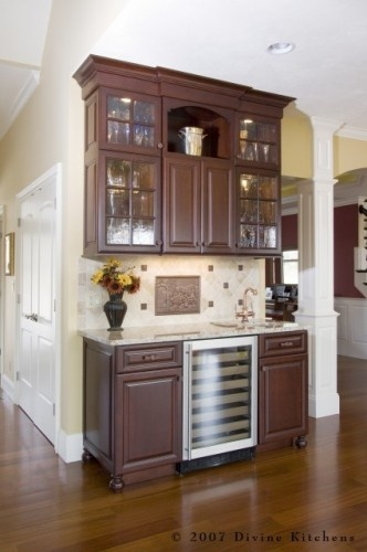 Traditional Home Wine Bar Cabinet Design Ideas, Pictures, Remodel And Decor