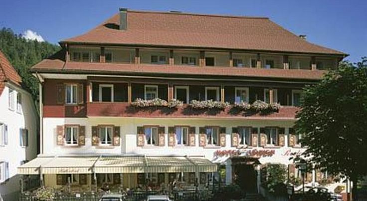 Hotel Löwen Todtmoos Set amid the scenic Black Forest, this family-run 3-star hotel in the climatic health resort of Todtmoos is a 3-minute walk from the Baroque Wallfahrtskirche church and Kurpark spa gardens. It offers free WiFi access.