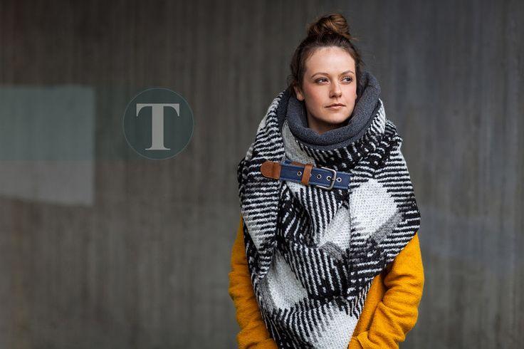"Dreieckstücher - Oversize Dreieckstuch ""PreciousWinter"" - ein Designerstück von KatjaTeubel bei DaWanda"