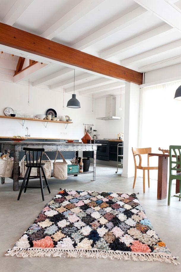 Tapis faits main avec retailles de tissus; Carpet of life