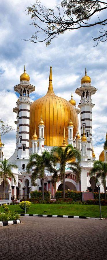 Ubudiah Mosque, Malaysia, Salam Jumaat from all of us in Canada!                                                                                                                                                     Más