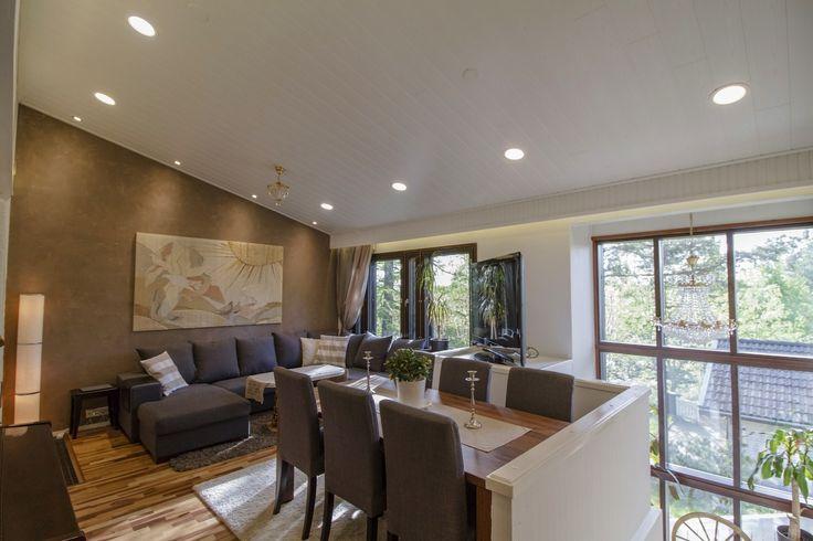 Beautiful living room lighting with Lilja LED luminaires 💡