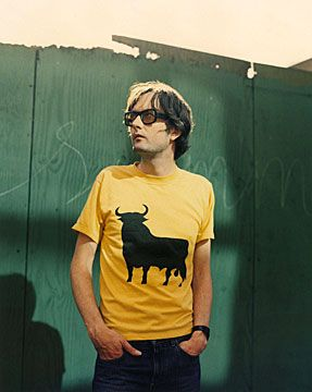 Jarvis Cocker in a Toro de Osborne T-shirt