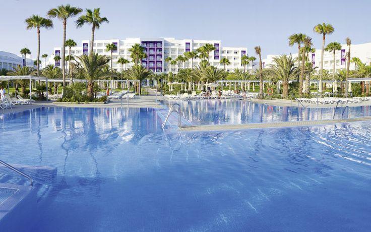 Rejs på ferie med All Inclusive på Clubhotel Riu Gran Canaria på Gran Canaria. Se mere på http://www.apollorejser.dk/rejser/europa/spanien/de-kanariske-oer/gran-canaria/meloneras/hoteller/clubhotel-riu-gran-canaria