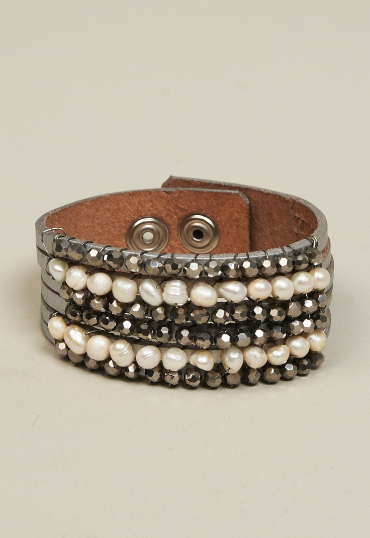 Pearl and Sparkle Bead Leather Bracelet